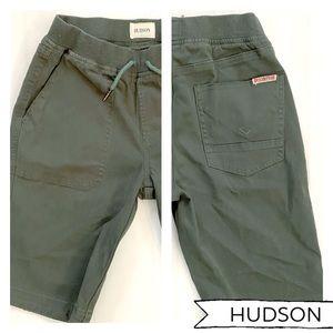 🍀Hudson boys army green shorts nwot 6